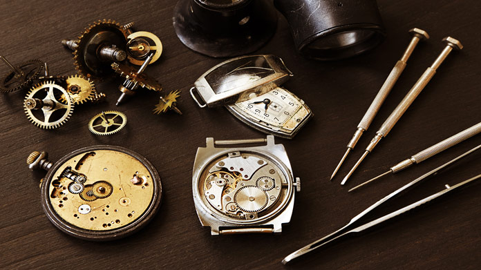 What Are the Advancing Expenses for A Watch Fix Business?